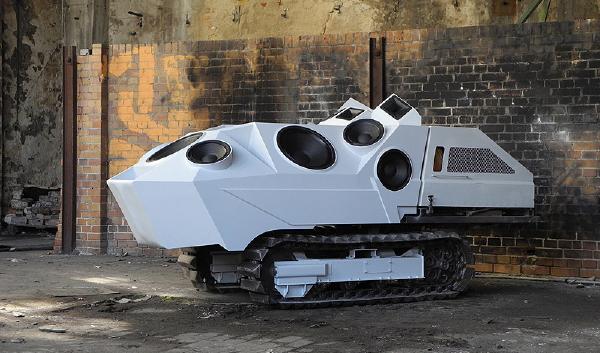 Nik Nowak's Panzer Sound Tank