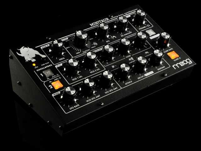 Moog Minitaur – Analog Bass Synthesizer