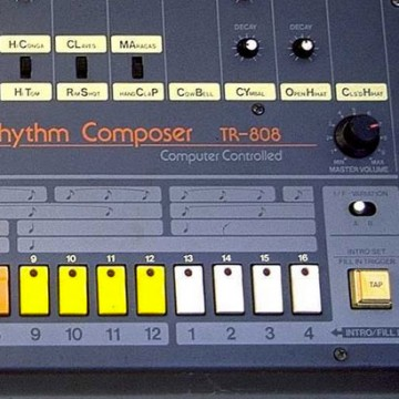 """""""All Hail The Beat"""" TR-808"""