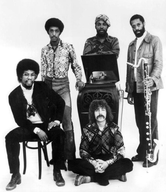 Herbie_Hancock_and_The_Headhunters_1975